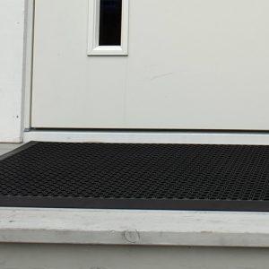 Inngangsmatte utendørs-foto